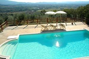 Villa arezzo villa avec piscine priv e dans la campagne for Prix piscine 5x10